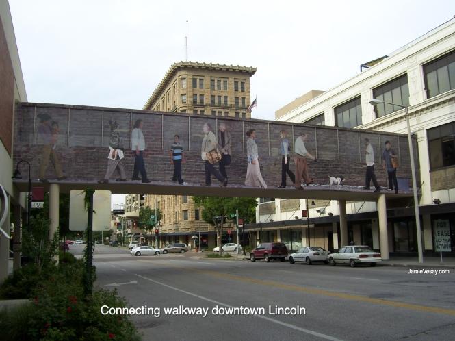 Lincoln walkway connecter 2010 Jamie Vesay WM LBLD 100_1966