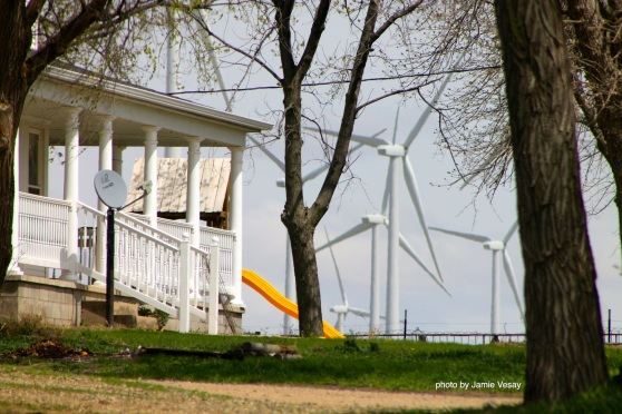 th_Wind farm Petersburg house IMG_8224