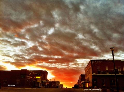 Plainview sunset 2012 Jamie Vesay WM LBL TRD photo (1)